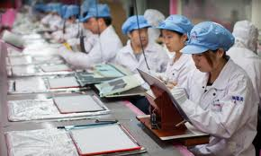 apple workers