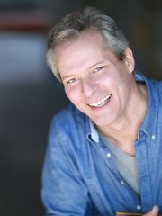 David MacDonald plays Elyot in PRIVATE LIVES.